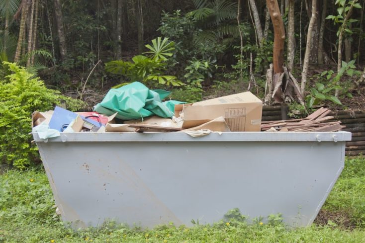 Image of a residential dumpster in Long Beach.